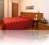 HOTEL HELVETIA 3